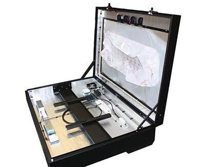 armarios diseñados específicamente de proteger las pantallas digitales en exterior