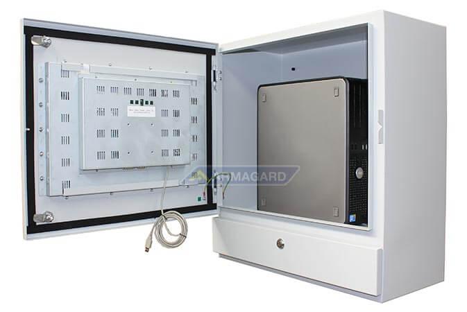 PC táctil para planta industrial – vista interior del armario con torre PC | PENC-550