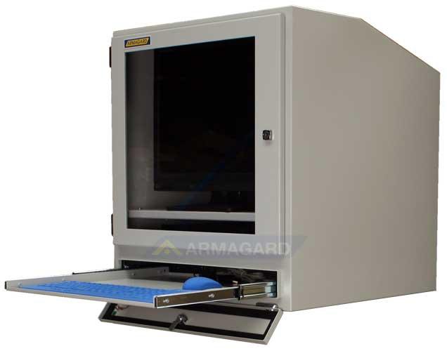 Armario PC IP54 PENC-800 vista lateral con bandeja para teclado abierta.